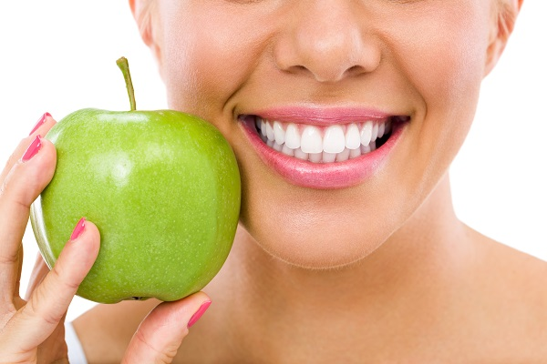 Packing Your Lunch:   Foods That Help Keep Your Teeth Healthy
